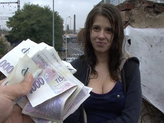 Czech College Girl Outdoor SEX for Cash